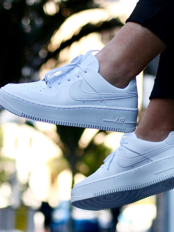 Nike Air Force 1 / Low Full White